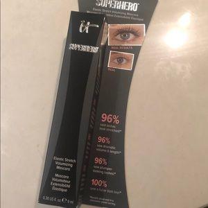 It cosmetic mascara